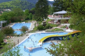 terrassenschwimmbad
